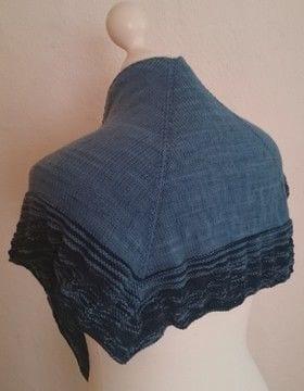 Poseidon - quadratisches Tuch gestrickt